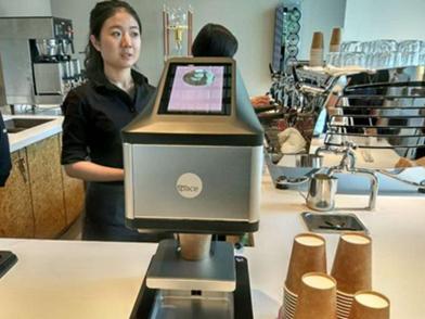 这就是传说中的智能咖啡店! 哪哪都是自动的