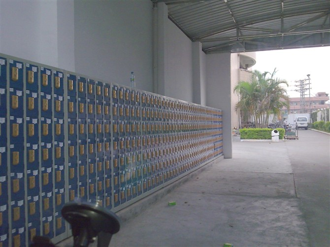 IC卡手机柜图片