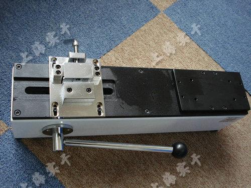线束端子拉测量仪未安装时的图片